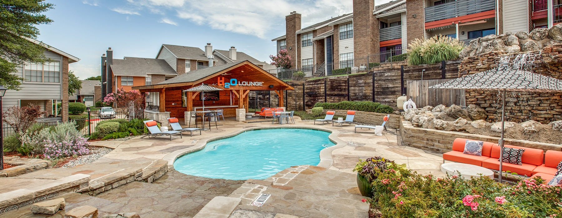 Pool area with ample seating and lounge